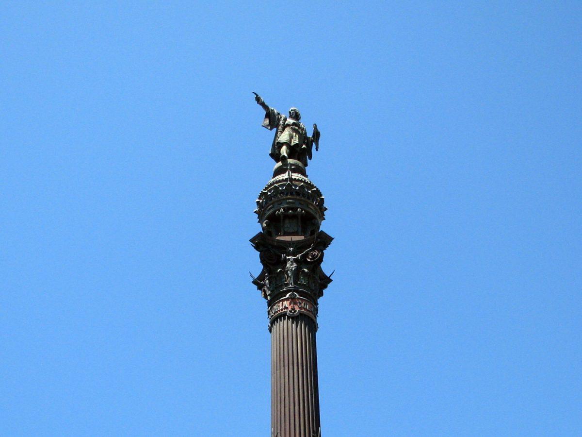 Columbus monument closeup